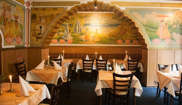 Sitzbereich Restaurant Calcutta
