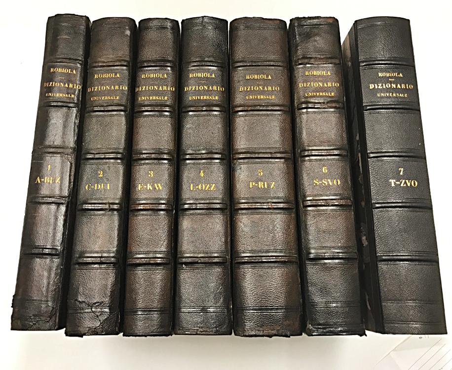 Restauro dorsi libri conti borbone milano