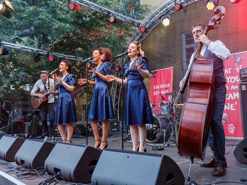 Live Swing für das hundertjährige bestehen der ifa (Institut für Auslandsbeziehungen) in Stuttgart.