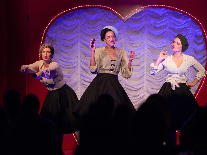 Burlesque Show auf der Gurten in Bern