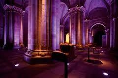 Ban2Chile, Iluminación Bandas, Iluminación Teatral, Iluminación Iglesias y Edificios.