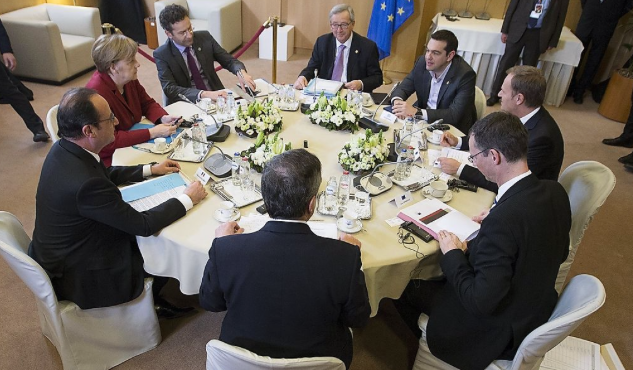 Bild: EU-Krisengipfel: Beschlüsse der Politiker am runden Tisch - ohne die Bürger