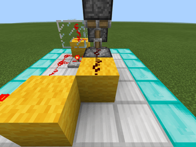 信号を伝えるブロックとレッドストーンの配置