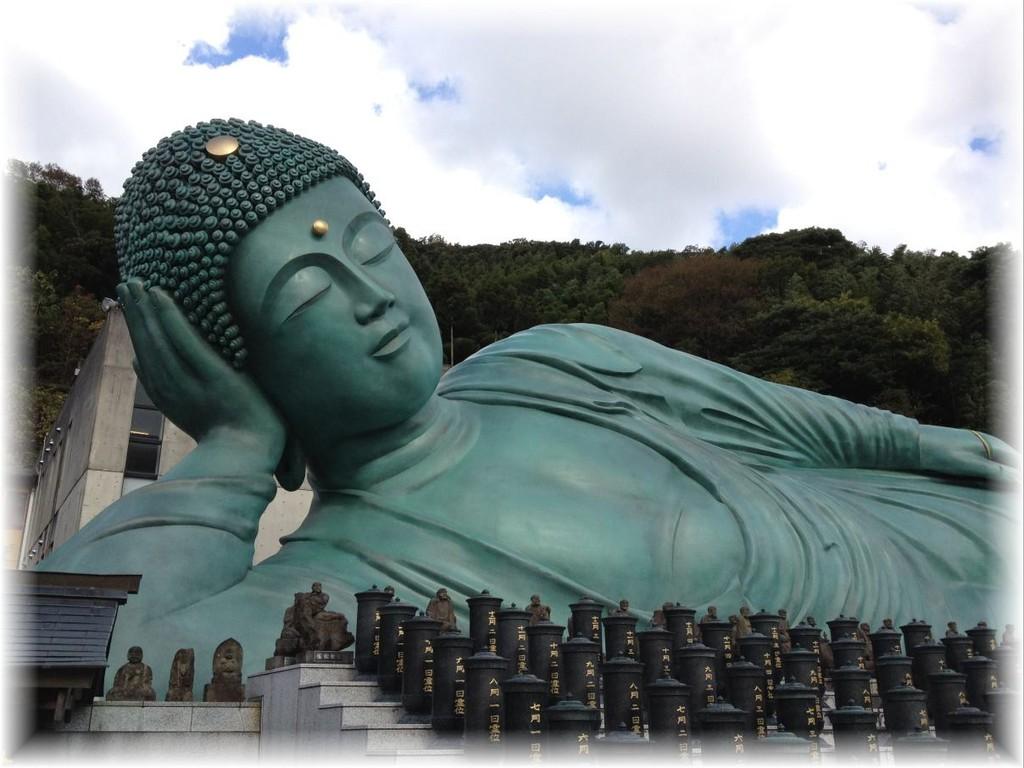 南蔵院の涅槃像(福岡県糟屋郡篠栗町)