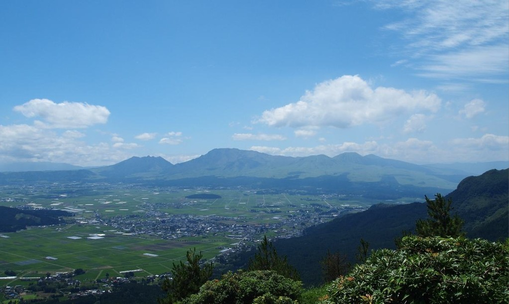 真夏の阿蘇五岳(熊本)