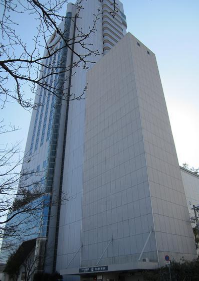 お隣のホテル日航高知旭ロイヤルさんとタイアップ開始しました。