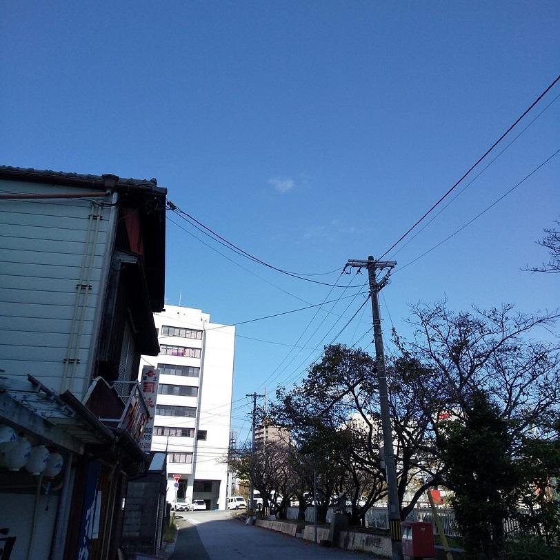 10月4日月曜日・・秋晴れの高知県地方。