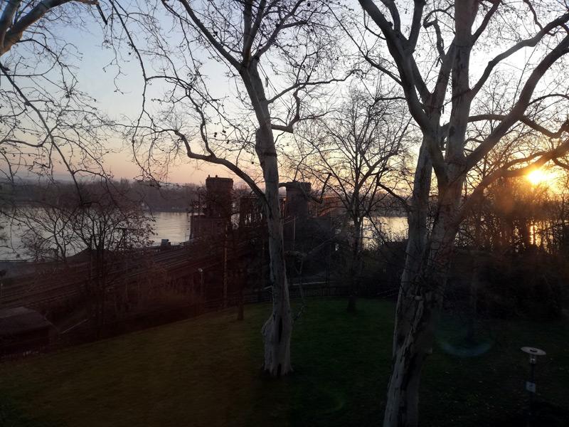 Was für ein Blick aus dem Hotelfenster!