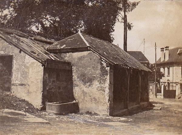 Le lavoir de la place de la République en 1922