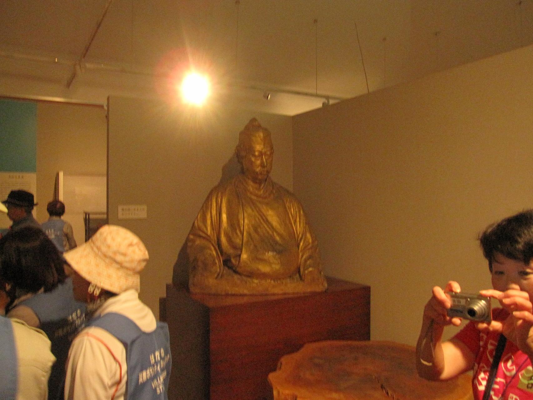 岡倉天心の像(天心記念館)