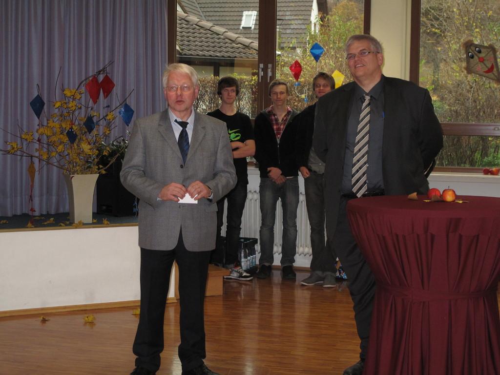 Mensaeinweihung mit Bürgermeister Hans-Josef Vogel