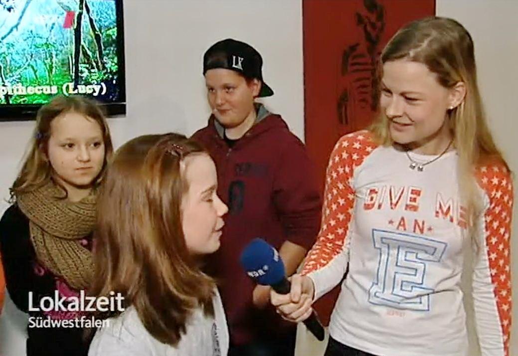 WDR-Journalistin Solveig Flörke interviewt Mia Padberg