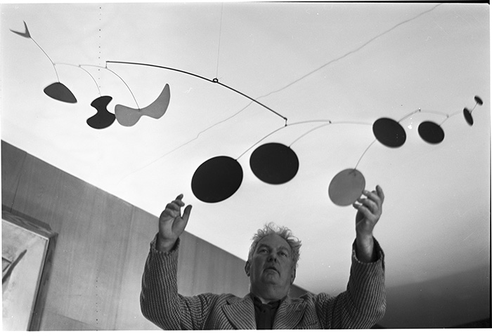 Alexander Calder ©Estate Michel Sima