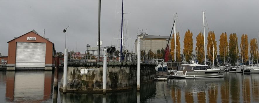 Herbststimmung in der Hafeneinfahrt