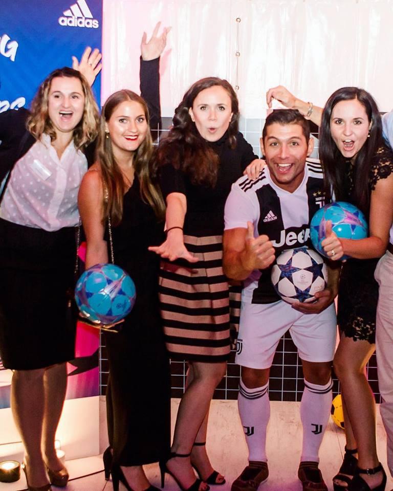 Adidas Fussball Moskau Russia - Saki Fussball Freestyler