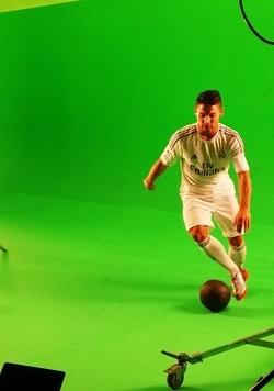 Ronaldo-Double Saki aus Frankfurt drehte in München seinen ersten TV-Spot.