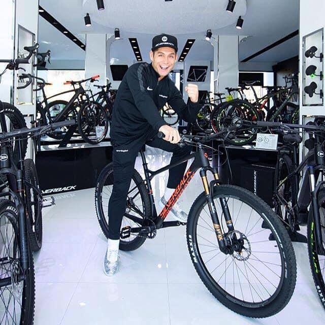 Saki, Brand Ambassador Markenbotschafter Silverback Bikes / Fahrräder