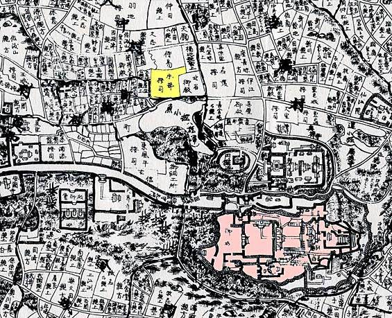 Shuri Castle (pink) and the residence of the Motobu Udun (yellow), 18th century