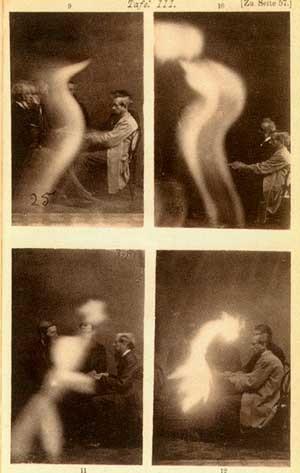 Phénomènes vaporeux et lumineux spirites
