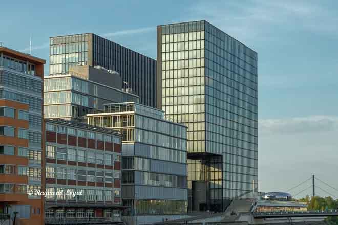 medienhafen duesseldorf hotelbauten