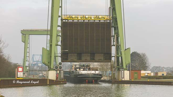 wesel-datteln canal friedrichsfeld locks