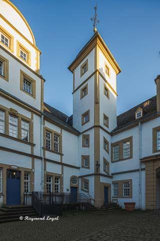 neuhaus castle house kerssenbrock stair tower