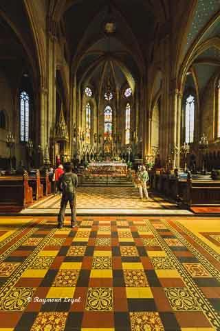 kathedrale zagreb kirche mittelschiff