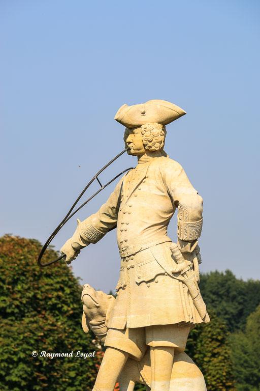 sculpture at moritzburg palace