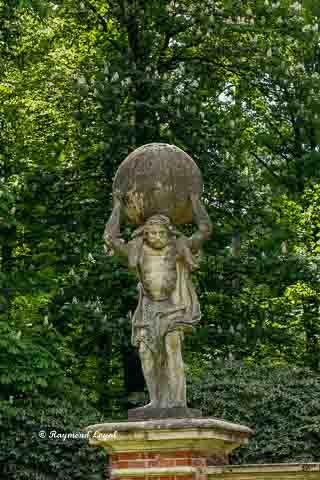 schloss lembeck gartentor skulptur
