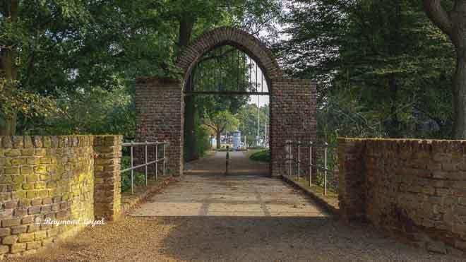 linn castle gate