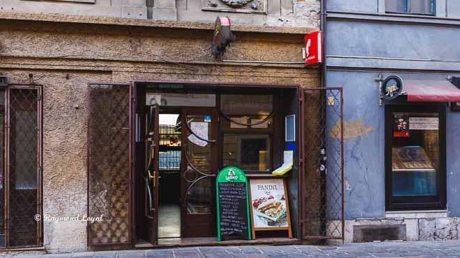 ljubljana old town image