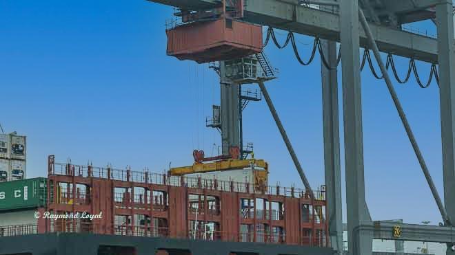 rotterdam seehafen waalhaven containerbruecke