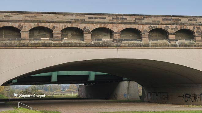 waterways crossing minden trough bridges