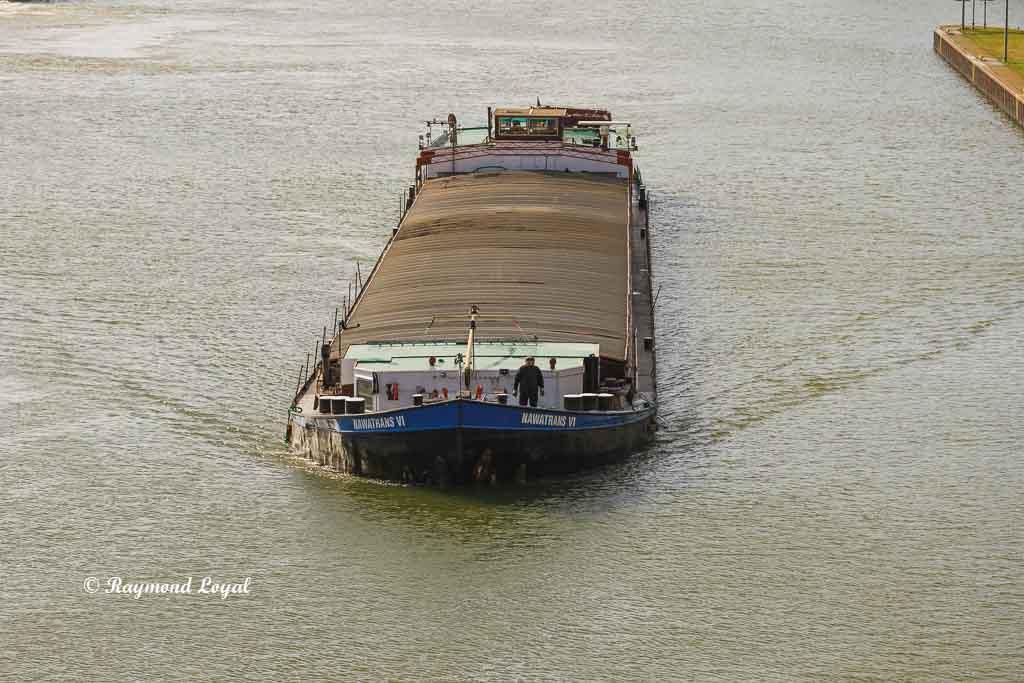 barge rhein-herne canal
