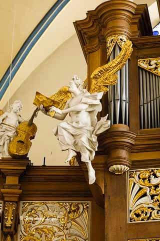 schlosskirche bruehl skulpturen orgelprospekt