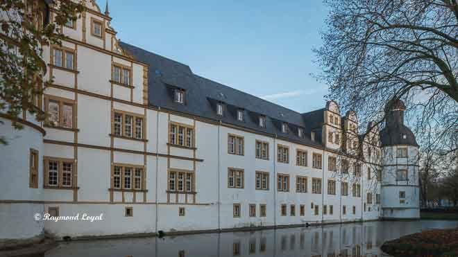 neuhaus castle