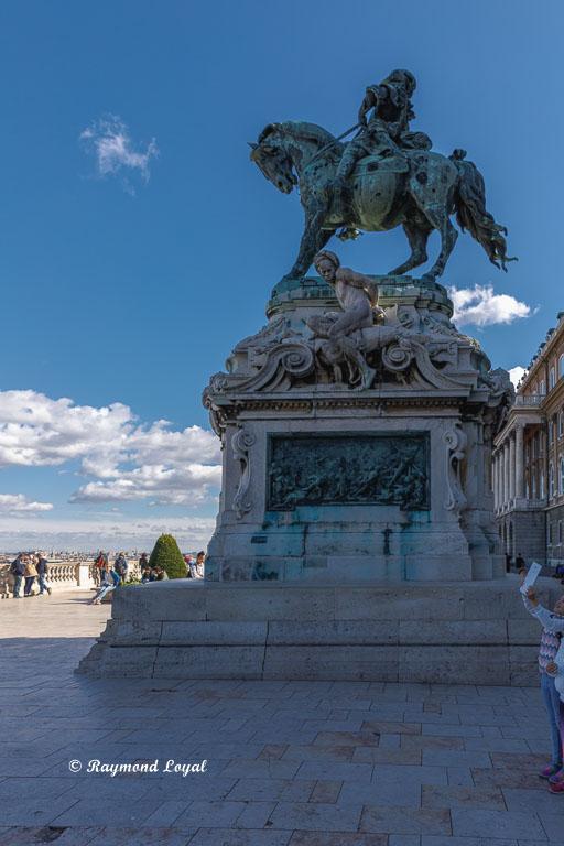budapest castle prince eugene statue