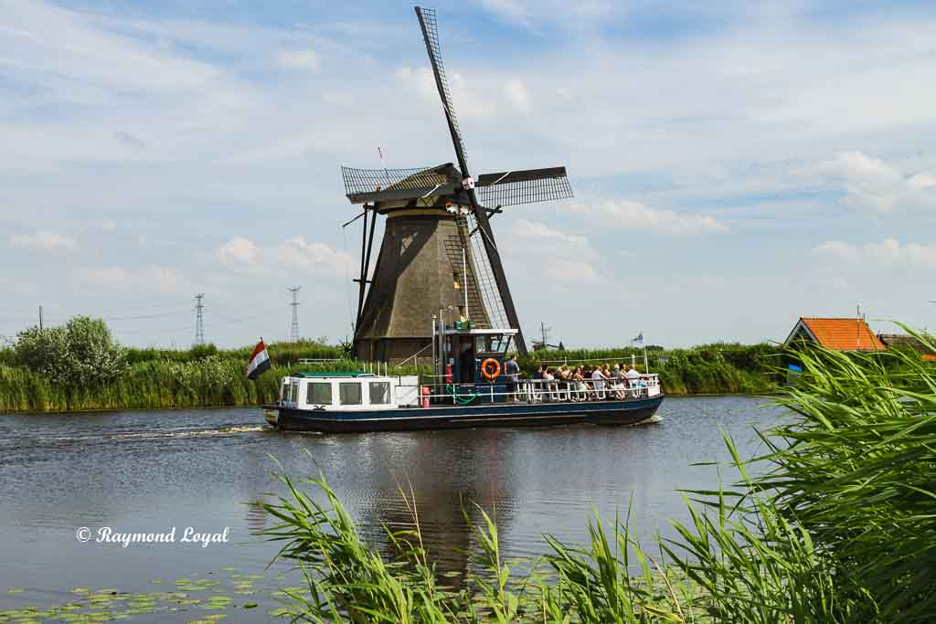 kinderdijk windmuehle boot