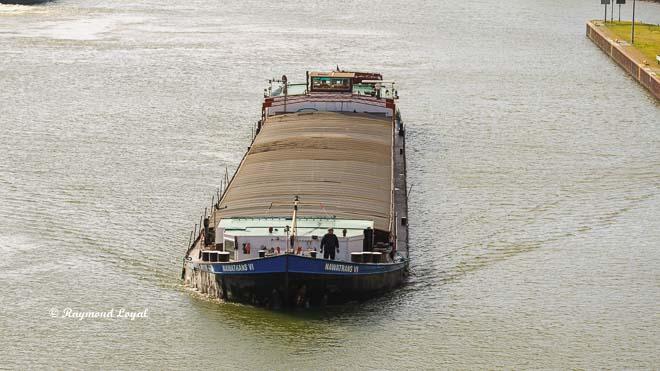 rhein-herne-kanal binnenschiff
