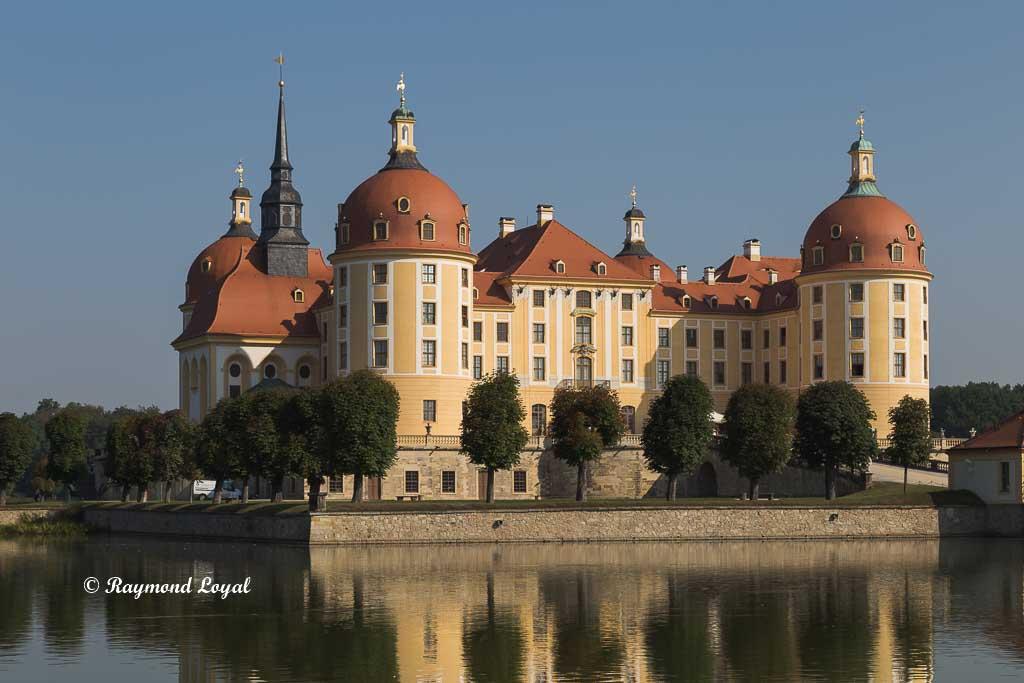 moritzburg palace dresden image