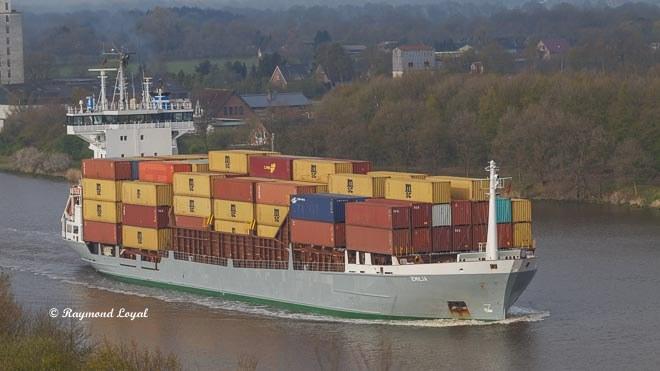 nord-ostsee-kanal container schiff kanal wasser