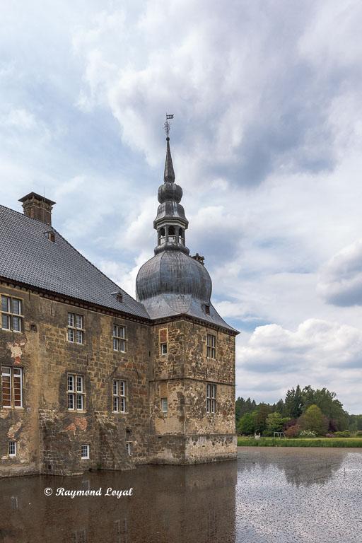 lembeck castle corner pavillon