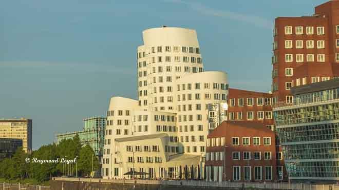 gehry buildings duesseldorf media harbour