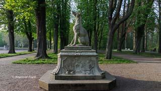 schloss nordkirchen wandelgang ostseite skulptur jagdhund