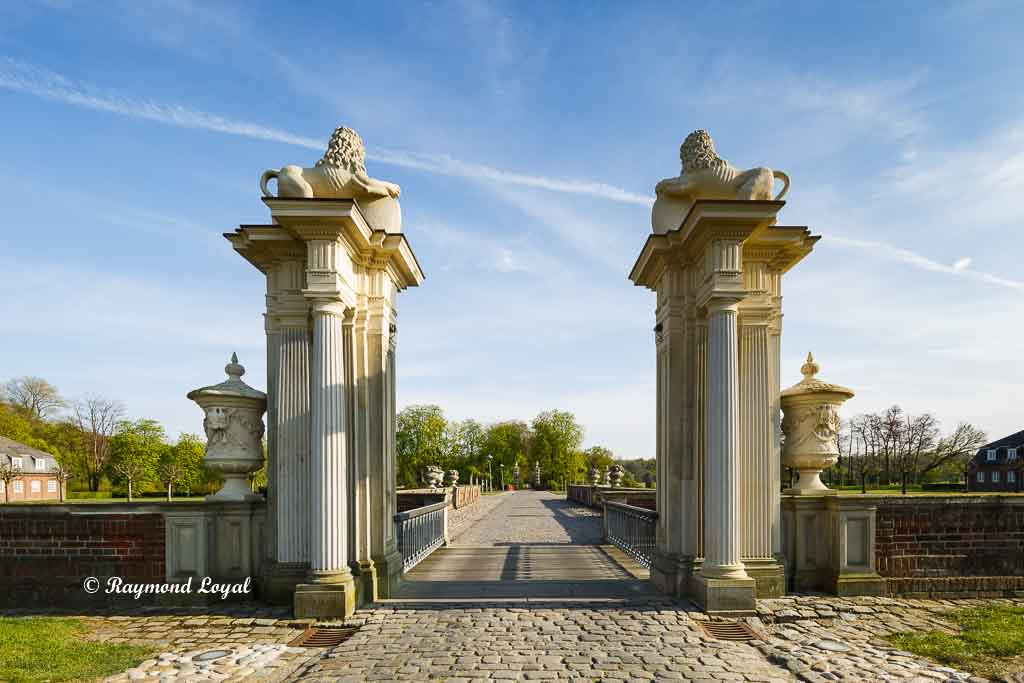 nordkirchen palace lions gate