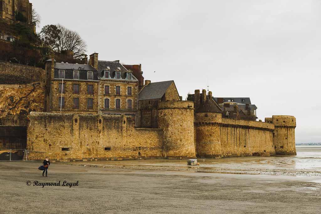 mont saint-michel ramparts