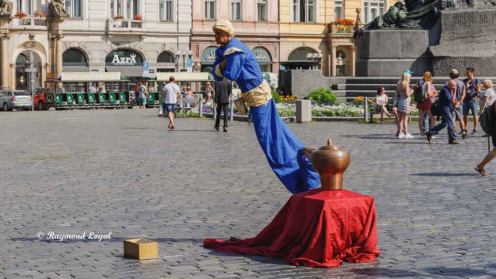 prague old town square performance
