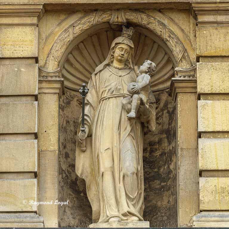 lembeck castle madonna figure