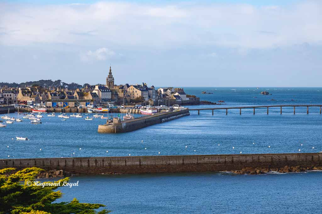 roscoff brittany old town image