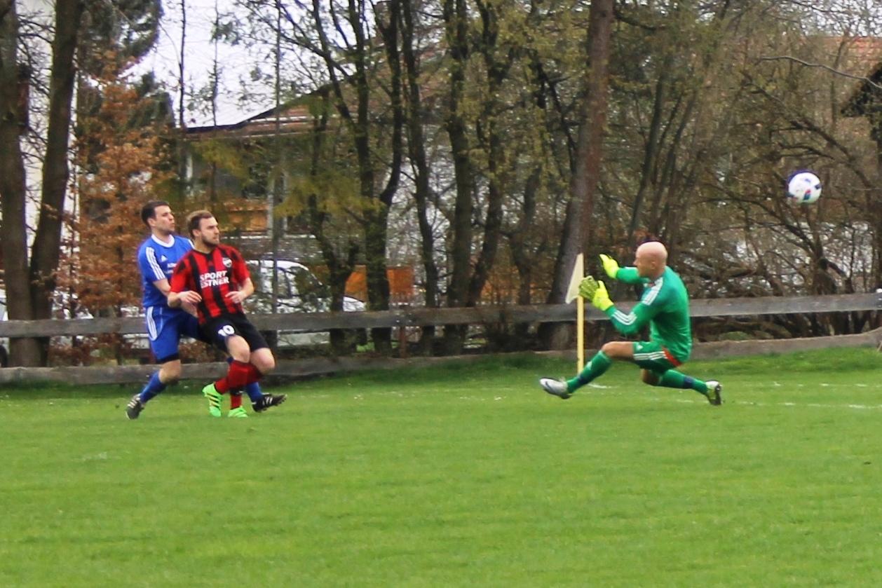 Tor gegen den SV Parsberg am 10.4.2016